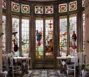 Restauracja lub miejsce do jedzenia w obiekcie Bed & Art Barcelona