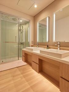 A bathroom at Saito Hotel