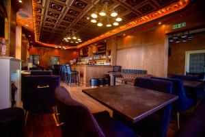 The lounge or bar area at The Hadley Hotel