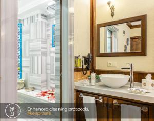 Ванная комната в Best Point Hotel Old City - Best Group Hotels