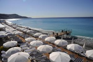 Otel yakınında veya bu tesiste bir plaj