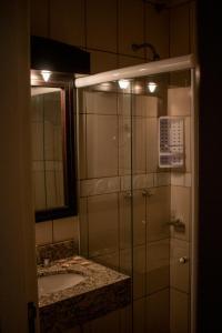 A bathroom at Pousada Nosso Lar
