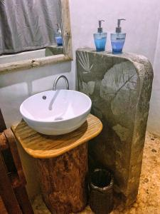 A bathroom at Buko Beach Resort