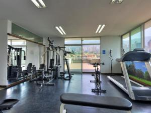 The fitness center and/or fitness facilities at Hotel Poblado Alejandria Express