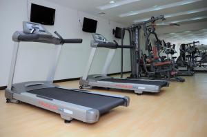 Фитнес-центр и/или тренажеры в Canvas Hotel Shymkent