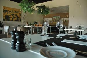 A restaurant or other place to eat at Hilton Garden Inn Leiden