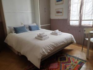 Un ou plusieurs lits dans un hébergement de l'établissement Gîtes - L'Abri sous Roche