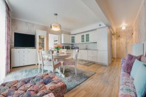 A seating area at Apartamenty Sun & Snow Promenada