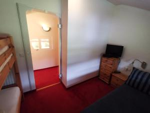 TV/Unterhaltungsangebot in der Unterkunft Hotel Kärntnerhof & SeeBlick Suiten