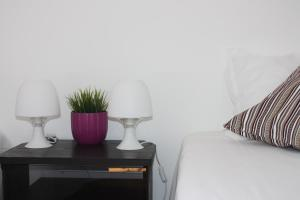 A bed or beds in a room at Hostel Rossio Alcobaça