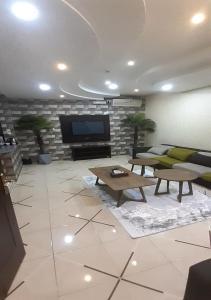 A seating area at Al Dana Plaza Villas