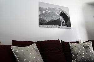 Ein Sitzbereich in der Unterkunft Alpenlodge