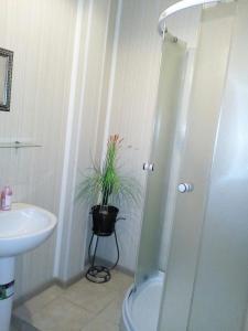 A bathroom at Лабиринт