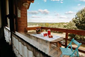 Ein Balkon oder eine Terrasse in der Unterkunft Widokówka
