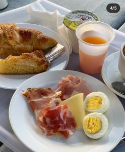 Breakfast options available to guests at Hotel Biscari