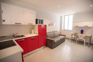 A kitchen or kitchenette at Résidence Bouttau by Connexion