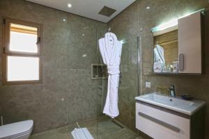 Salle de bains dans l'établissement Mountains Palace Marrakech