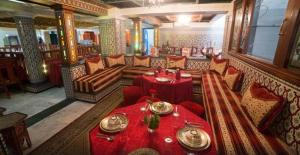 A restaurant or other place to eat at Hotel Moroccan House