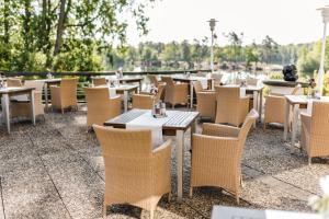 A restaurant or other place to eat at Best Western Premier Seehotel Krautkrämer