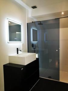 A bathroom at Villa Blankenberge