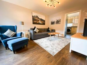 A seating area at Modern Luxury 2bed Scottish Home