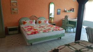 Ein Bett oder Betten in einem Zimmer der Unterkunft Zimmervermietung Dalberg