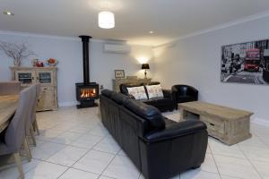 A seating area at Rawson's Retreat - Five Bedroom Home - Walk CBD - Includes Breakfast
