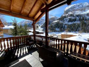 A balcony or terrace at Chalet Patineur