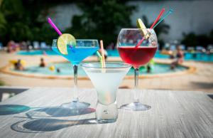 Drinks at Résidence Le Mas Blanc by Popinns