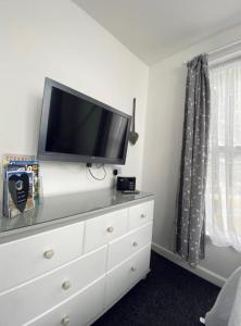 A television and/or entertainment center at Alderberry Lodge
