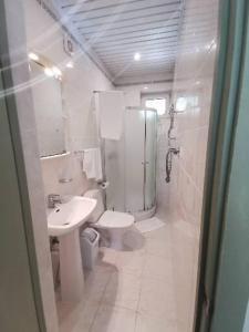 Vonios kambarys apgyvendinimo įstaigoje B45apartments
