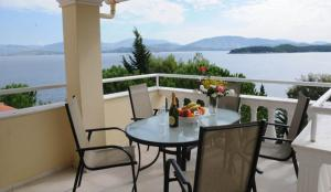 A balcony or terrace at Kassiopi Bay