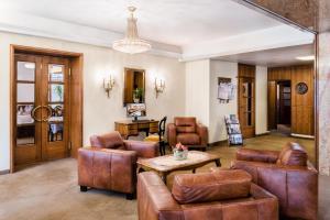 A seating area at Hotel Mariahilf