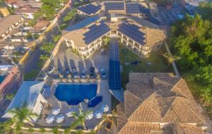 A bird's-eye view of Pontal Praia Hotel