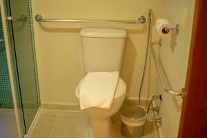 Um banheiro em Juquehy La Plage Hotel