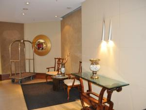 The fitness center and/or fitness facilities at Accommodation Sydney 38 Harbour Street Sydney