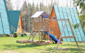 Herní místnost nebo prostor pro děti v ubytování Chatky Sázava