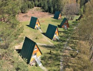 Letecký snímek ubytování Chatky Sázava