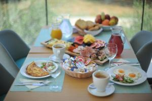 Breakfast options available to guests at Hotel Antica