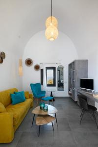 A seating area at Oia Suites