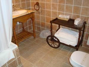 A bathroom at Hotel Charle