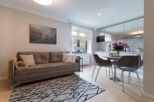 A seating area at Altara Apartamenty Centrum