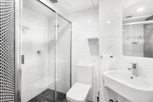 A bathroom at Landmark Resort