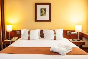 Cama o camas de una habitación en Holiday Inn Lisbon-Continental
