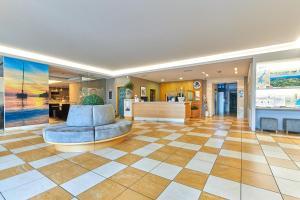 Vstupní hala nebo recepce v ubytování Hotel Baia Verde