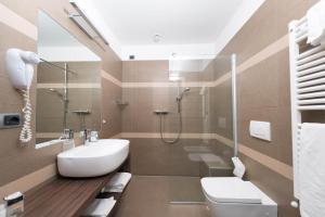 Koupelna v ubytování Hotel Baia Verde