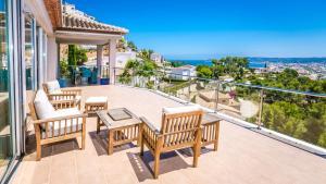 A balcony or terrace at Villa Tranquila