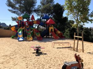 Aire de jeux pour enfants de l'établissement Frantheor Saint-Raphael