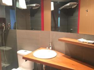 Un baño de Appart hotel & spa Cerdanya