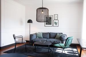 En sittgrupp på Varbergs Kusthotell